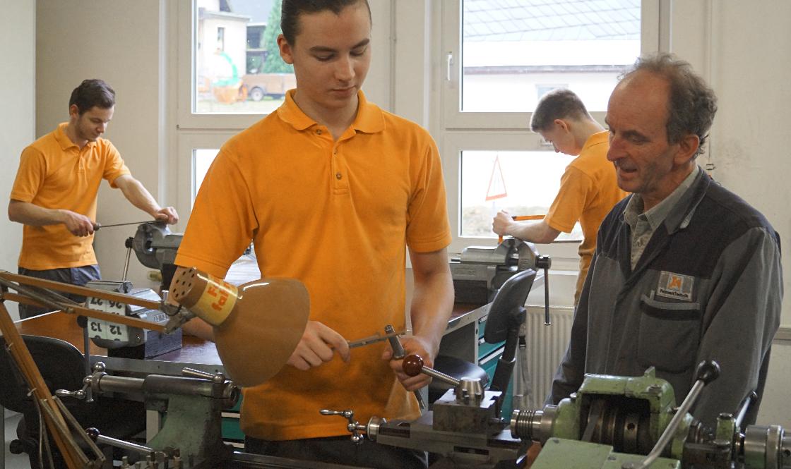 FeinwerkTechnik Geising - Ausbildung zum Zerspanungsmechaniker/in und Industriemechaniker/in